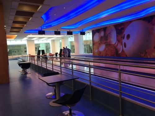 Complejo Sultan Qaboos Youth en Oriente Medio cuenta con Bowling Oficial Imply®