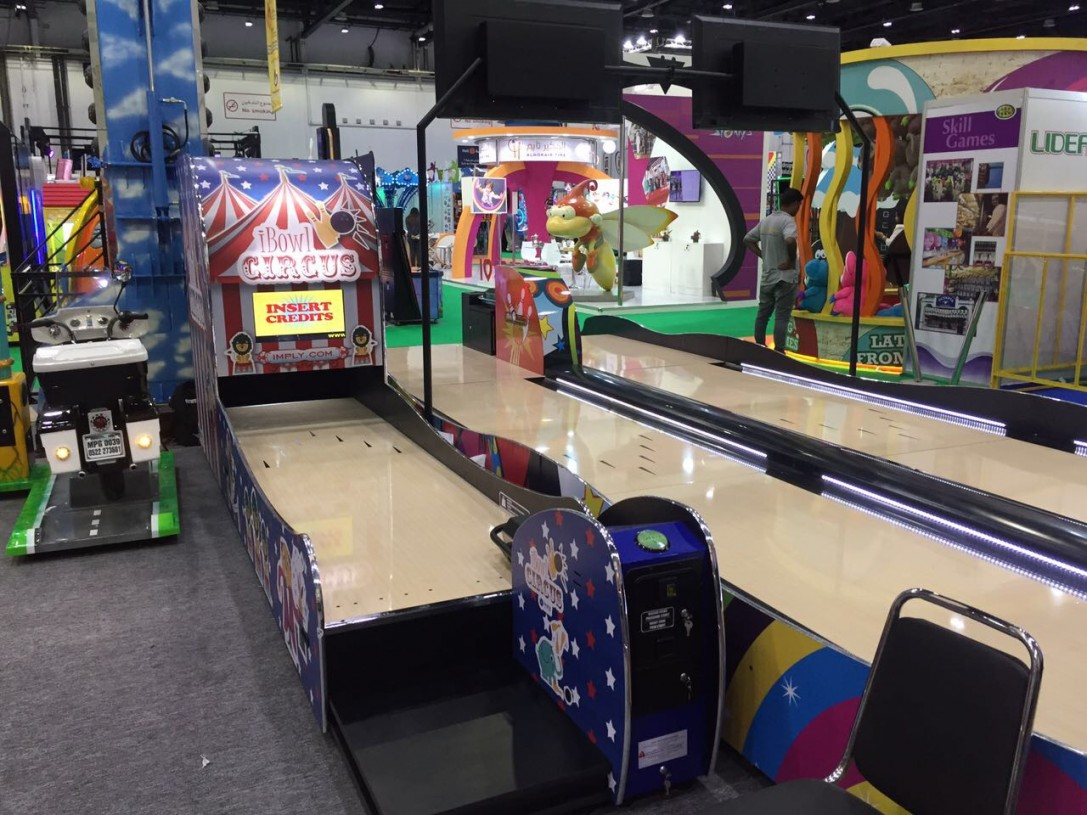 WareHouse of Games presenta línea de Bowling Imply® em la Feria DEAL en Dubai