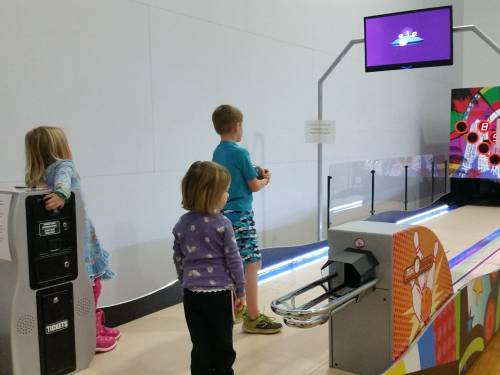 Resort Stoneridge innova con el divertido Mini Bowling Imply